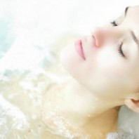 5 Tips on How to Take a Detox Bath